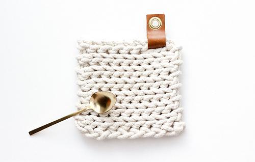 Rope-crochet-trivet-pattern-15_medium