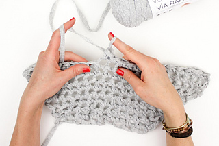 Beginner-finger-crochet-market-tote-bag-free-pattern-18_small2