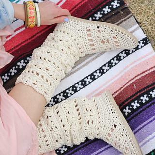 ad032ea3e Ravelry  Coachella Boots with Flip Flop Soles pattern by Jess Coppom