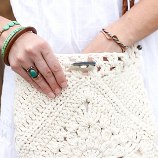 Boho-bag-free-crochet-pattern-sq-5_small2