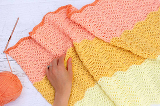 Ripple-crochet-baby-blanket-free-pattern-8_small2