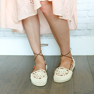 989d5da471d Ravelry  Dream Catcher Sandals with Flip Flop Soles pattern by Jess ...