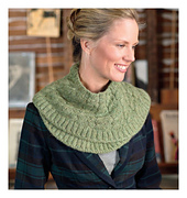 Scarf_style_2_-_green_cables_beauty_shot_small_best_fit
