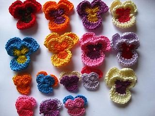 Amor_perfeito_de_croche_pequeno_e_grande_small2