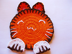 Coelhinho_de_croche_coaster_small