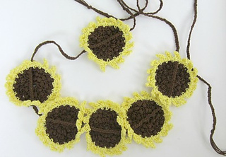 Sunflower_belt_stranded_from_back_small2