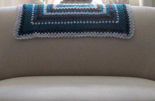 Rectangular_sampler_over_couch_cropped_medium