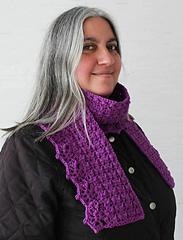 Herringbone_scarf_with_lacy_shells_free_crochet_pattern_by_underground_crafter1_small