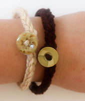 I-cord_button_bracelet_free_crochet_pattern_by_underground_crafter__3_of_3__small_best_fit