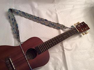 ravelry ukulele strap pattern by lise gray. Black Bedroom Furniture Sets. Home Design Ideas