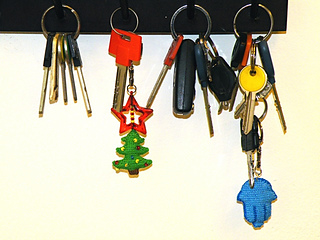 Key-holders-w-keys_small2
