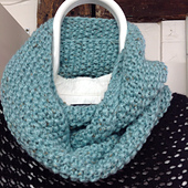 Palaceseedstitchcowl_small_best_fit