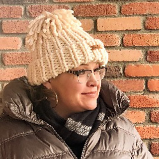 570931a54b4a2 Ravelry  Snowboarder Chunky Hat (Knit) pattern by Marly Bird