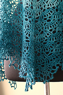 Precipice_shawl11_small2