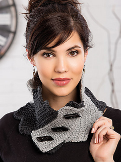 La_commedie_neck_wrap_small2