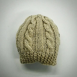 Ravelry  Cabled Baby Hat pattern by marianna mel a9404226e31e