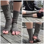 Tadasana_crochet_socks_small_best_fit