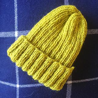 Ravelry  Simple Ribbed Hat pattern by Jenn Wisbeck b5abc694006