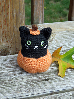 Pumpkin_kitty_6_small2