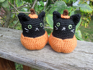 Pumpkin_kitty_7_small2