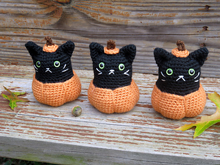 Pumpkin_kitty_10_small2