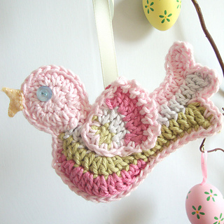 Pale-pink-bird-square-eggs_small2