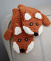 Fox_mittens_detail_small_best_fit