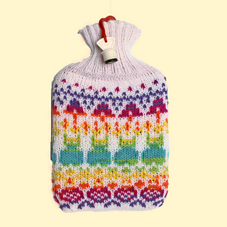 2c75c7c74c4f99 Ravelry  Merry Hot Water Bottle pattern by Mrs Buttons