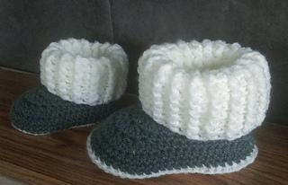 Ravelry Ugg Style Slipper Boots Pattern By Jinty Lyons