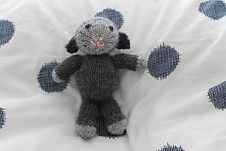 Knitting_june_2012_001_small2