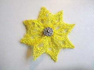 Knitting_february_2011_002_small2