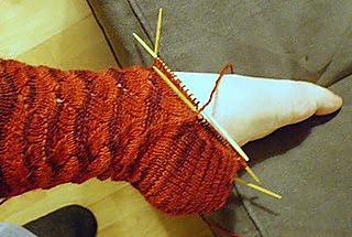 Knitting_march_2011_002_small2