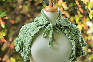 Renasissance_capelet_view_1_small2