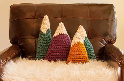 Bulky_mountains_colors_2_medium