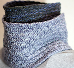 Sweedish_bw_cowl_both_colors_small