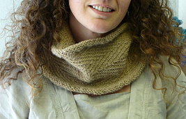 Woven_cowl_small_best_fit