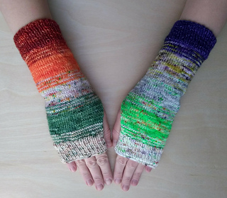 a980d259b Ravelry  Fast Fade Fingerless Mitts pattern by Molly Klein Design