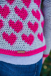 Paris_sweater_rename_small2
