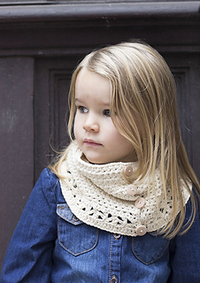 Mon-petit-four-button-up-cowl1_small2