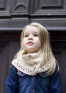Button-up-cowl-pattern-by-mon-petit-four_small2