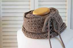Mokaccino_cowl_1_photo_small_best_fit