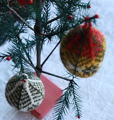 Ornaments_4_small