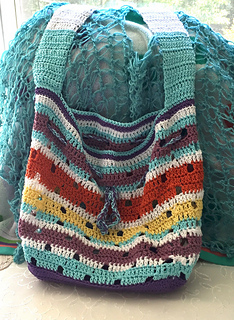 Hip_squares_beach_tote_sherry_3_small2