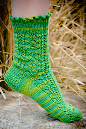 Herringbone Lace Socks PDF