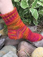 Summer_socks_on_foot_small