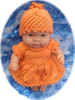 Ravelry Daisy Outfit For 8 20cm Chubby Baby Doll Pattern By