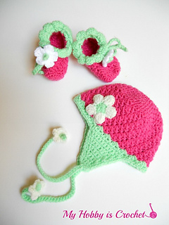 Crochet_baby_earflap_hat_and_booties_free_patterns_small2