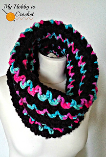 Free_crochet_pattern_neon_lights_cowl_small2