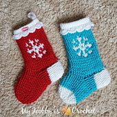 Snowflake_christmas_stocking_-_free_crochet_pattern_small_best_fit
