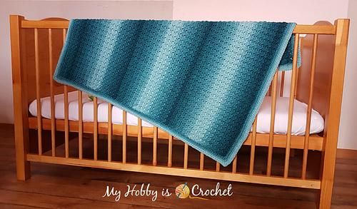 Ombre_baby_blanket_medium